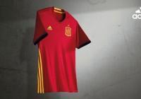 Presentan nuevos uniformes de la Selección Española