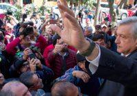 AMLO abre campaña presentando a las 18 personas que integrarían su gabinete