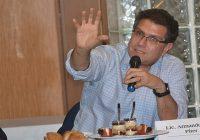 Ríos Piter denuncia mano negra en el INE