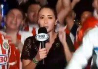 Reportera es acosada en festejos de Chivas (VIDEO)