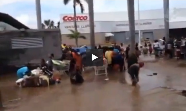 fuera-costco-video
