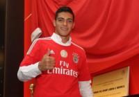 Benfica presenta Raúl Jiménez en Portugal