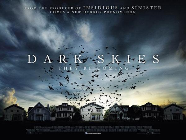 peli-dark-skies