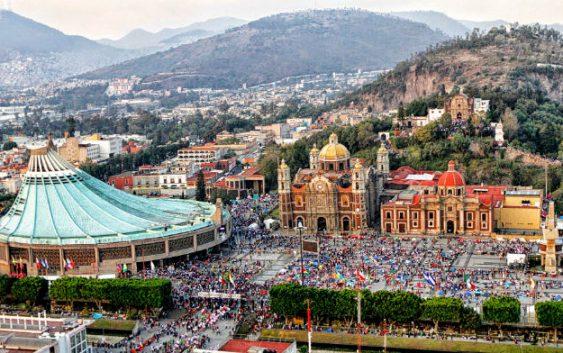 Basílica de Guadalupe lleno de basura