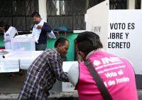 Lloverán tarjetas a cambio de votos