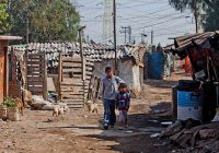 Aumenta cifra de pobres en México: Coneval