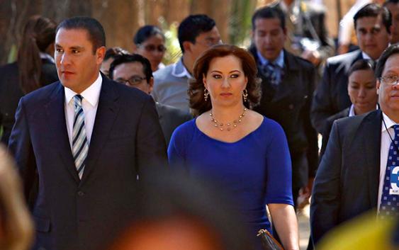 martha_erika_candidata_del_pan_pago_acuerdos_millonarios_por_barras_de_amaranto