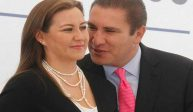 La pareja Alonso-Moreno Valle esconde una fortuna de 65mdp